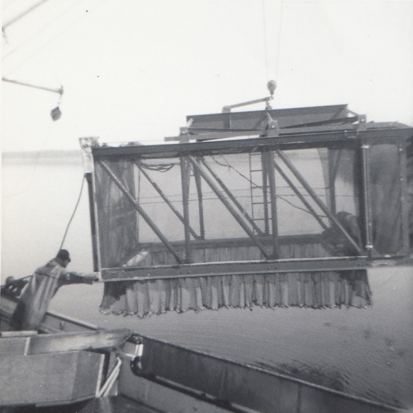 Bob Ting's hydraulic bottom dredge that we deployed from the Commando