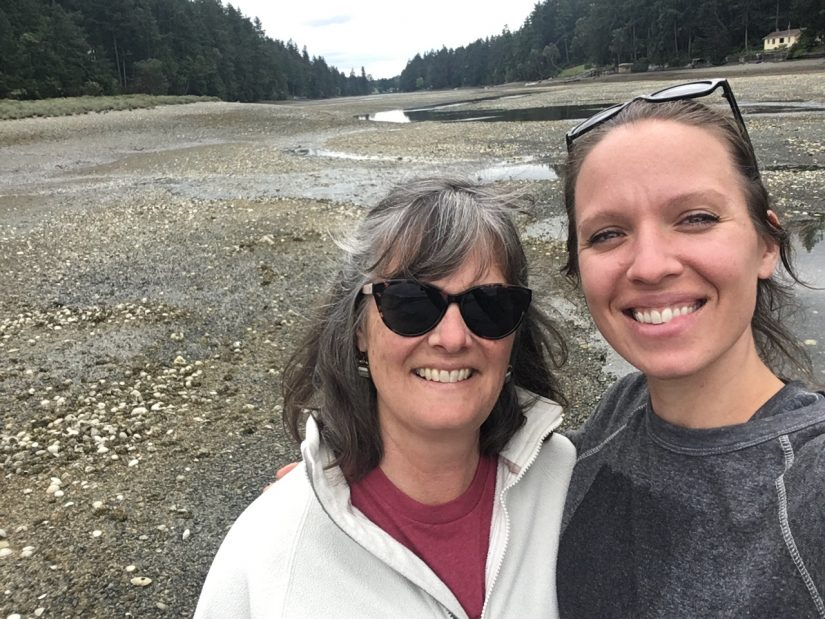 Laura and her mom in the field