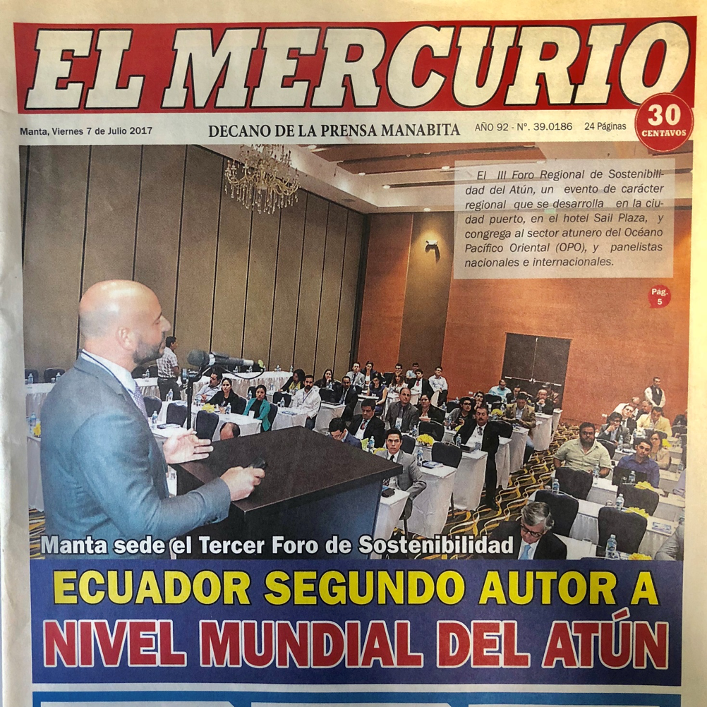 "Speaking to government officials and industry representatives on the status of global tuna fisheries (photo from local newspaper ""El Mercurio"", Manta, Ecuador - 2017)"