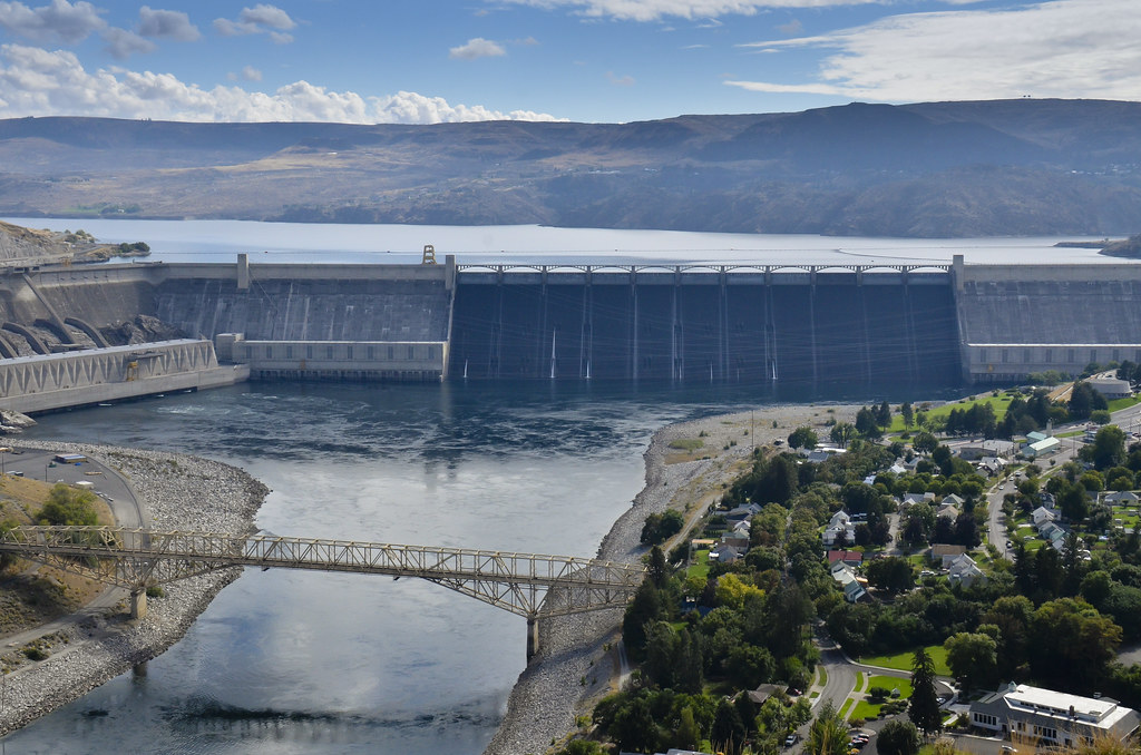 The Grand Coulee Dam from the air